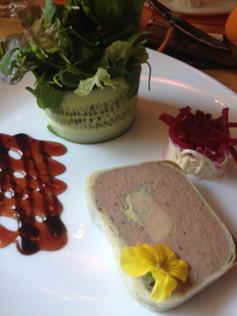 Pinte des trois canards à Fribourg  dans Café-Restaurants img_0005-e1352996352213