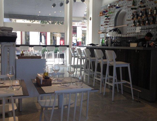 » Café Très » à Montreux 1820