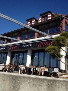 L'établissement situé au premier étage ru restaurant Méal